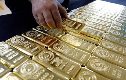Newmont Mining to buy Goldcorp in $10 billion deal to create world's largest gold producer
