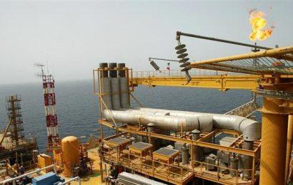 China offers Iran $3bn oilfield deal despite US sanctions