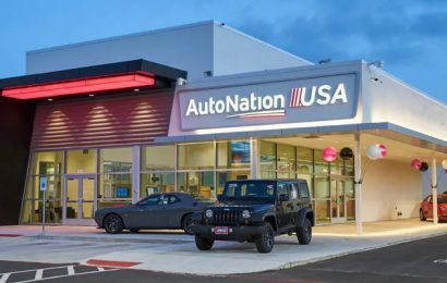 AutoNation's CEO: Auto sales are headed for further declines