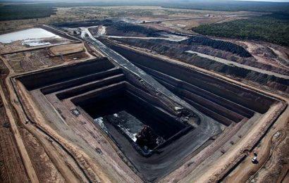 Čína zastavila dovoz veškerého australského uhlí