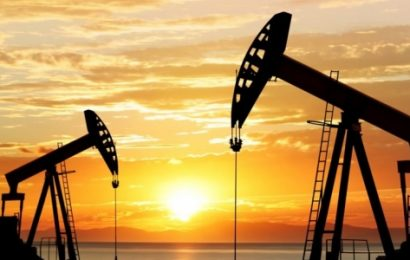 US Oil Output Hits 12 Million Barrels Per Day