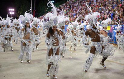 Carnaval no Rio de Janeiro, 1º Dia: Acadêmicos do Grande Rio eAcadêmicos do Salgueiro