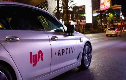 IPO valued Lyft at $ 24.3 billion