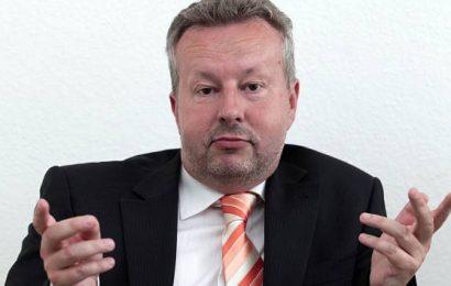 Ministr Brabec: Z prodeje emisních povolenek může být v modernizačním fondu 100 miliard Kč