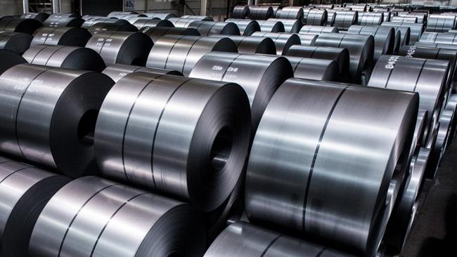 Trump Slaps 400% Tariff On Vietnamese Steel