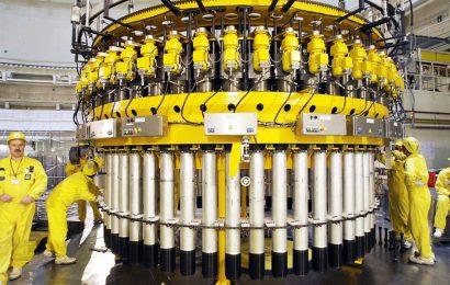 Na 60 miliard dolarů odhaduje Polsko náklady na svůj první jaderný zdroj