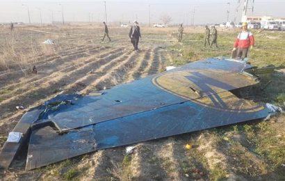 Ukrajinský Boeing 737 se zřítil po startu v Teheránu