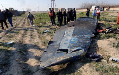 Byl zadržen první uchazeč o odměnu 80 milionů dolarů a Zaríf přiznal sestřelení ukrajinského Boeingu