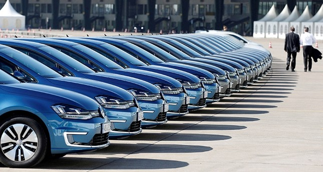 EU Auto Registrations Plunge Into Abyss