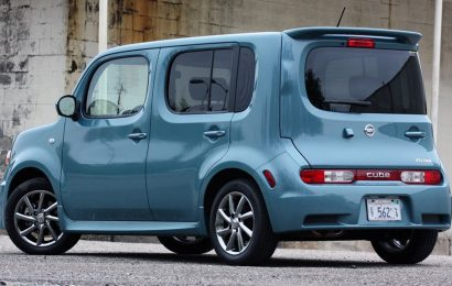 Nissanu po Ghosnově odchodu klesl meziročně čistý zisk o 87,6%