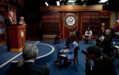 Americký senát schválil záchranný program za 2.200 miliard dolarů