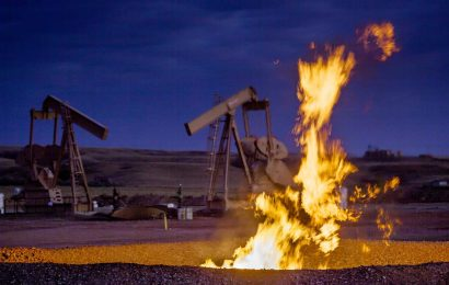 Top 12 Oil Majors Book $20.6 Billion Loss In 1Q