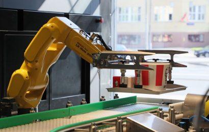 KFC Unveils Robotized Store