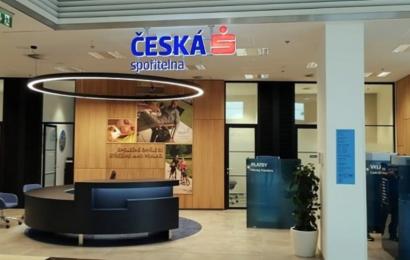 České spořitelně klesl zisk o 47%