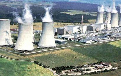 Zbytečný atomový blok v Dukovanech chce stát financovat bezúročně