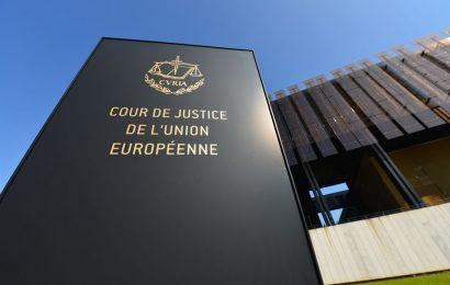 Soud EU zneplatnil dohodu umožňující firmám předávat osobní údaje do USA