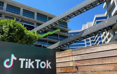 Oracle Readies $20 Billion Bid For TikTok