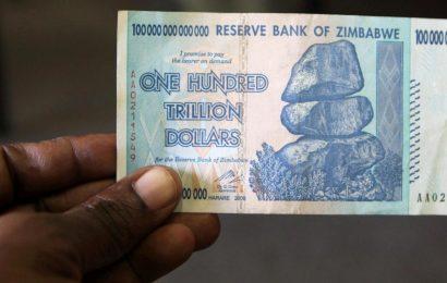ČNB: Slabší koruna tlumí dopad krize