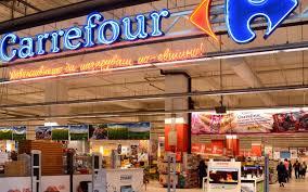 Francouzský ministr vyhrožuje zablokováním prodeje Carrefouru