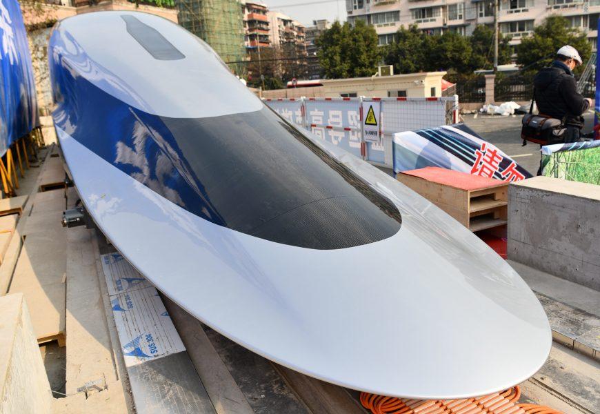 Číňané představili rychlovlak s rychlostí 620 km/h