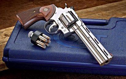 Česká zbrojovka koupila americký Colt