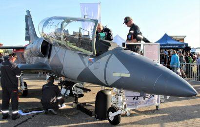 Aero Vodochody získalo prvního zákazníka pro L-39NG