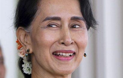 Armáda v Barmě převzala moc