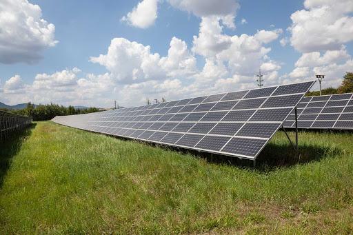 Solárníci požádali o podporu projektů s výkonem 11 Temelínů