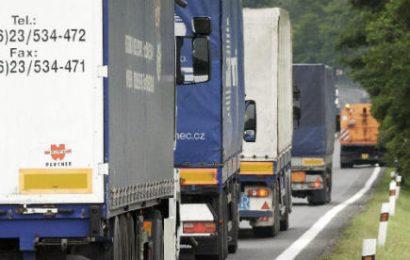 Přebytek zahraničního obchodu za únor: 22,5 mld. Kč