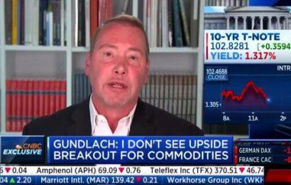 """Gundlach Warns Dollar Is """"Doomed"""""""
