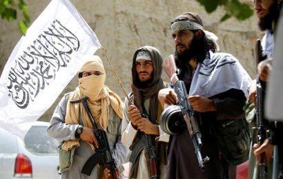 Generál Pelz: Čím déle USA tam pobývaly, tím více byl Tálibán přijímán
