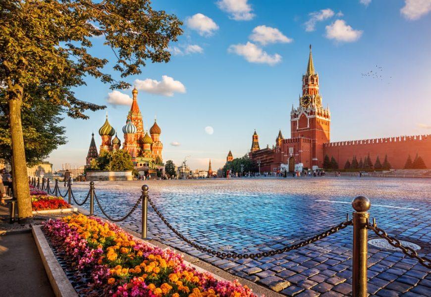 Ruský boj s pandemií: Týden placeného volna