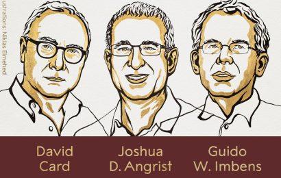 """Nobelovu cenu"" za ekonomii získali David Card, Joshua Angrist a Guido Imbens"